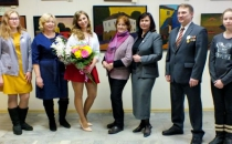 В фойе 1-го этажа Дома знаний (ул. Радищева, 35) открылась выставка живописи Снежаны Однодворцевой