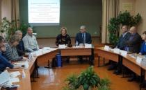 В  городе Щигры обсуждают тему: «Развитие женского предпринимательства в малых городах Курской области»